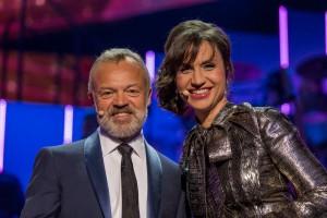 Les présentateurs Graham Norton & Petra Mede