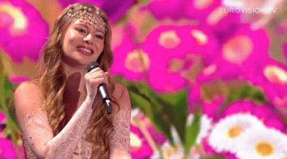 zoe-straub-loin-d-ici-autriche-eurovision-2016-720x400